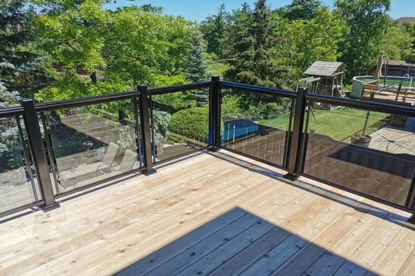 glass balcony railings toronto